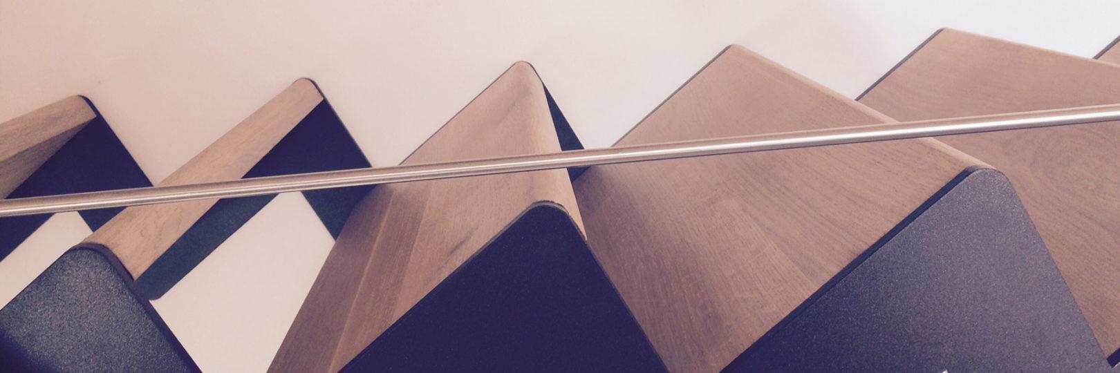 scala-rovere-rustico-design